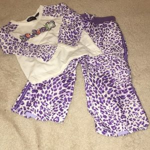 Children's Place 2-Piece Purple Cheetah Outfit